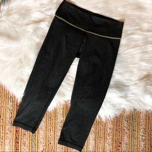 Lululemon High Rise Cropped Leggings Size 2